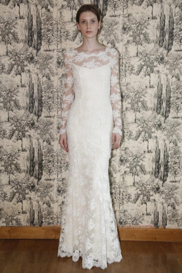Длинное кружевное платье с рукав... Создание интересного романтическ