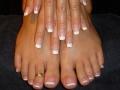 В Азии можно носить кольцо на ноге