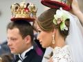 Прическа во время венчания должна быть простой