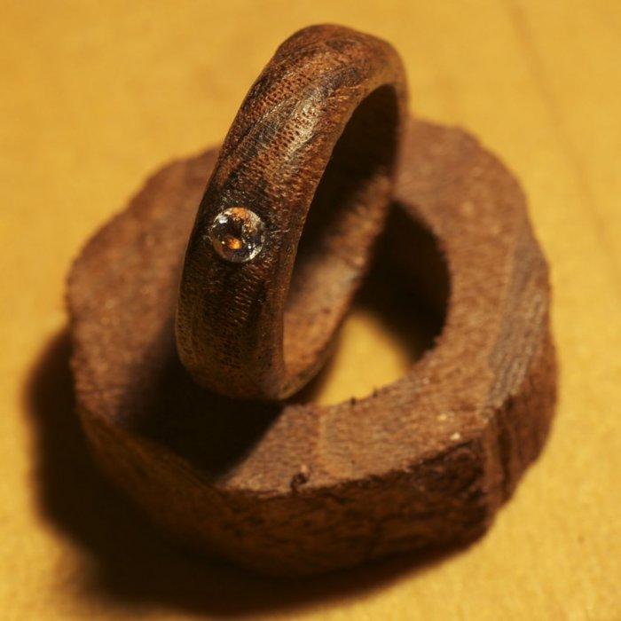Кольцо из дерева своими руками видео