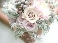 С нежными розами пастельных тонов