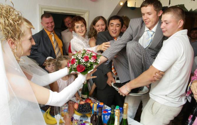 При должном желании и хотении жених на блюдечке ждет каждую невесту!
