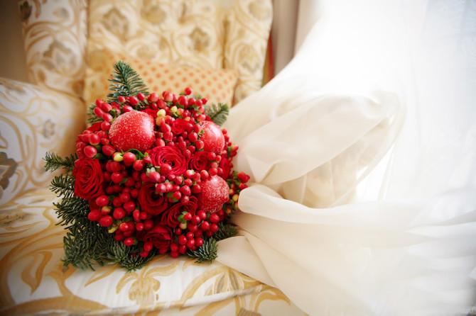 Цветы с более глубокой и насыщенной расцветкой лучше переносят холод