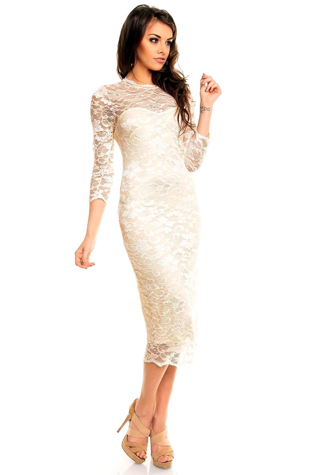 Бежевое платье может хорошо подойти для венчания