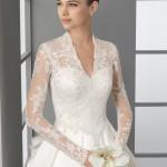 Элегантное свадебное платье с кружевными рукавами