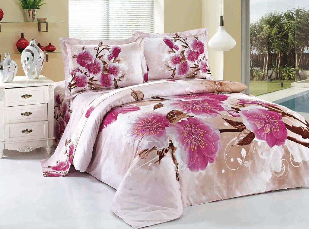 """Одним из """"не оригинальных"""" но весьма практичных в семейном быту подарков будет красивый комплект постельного белья"""