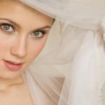 Запоминающийся свадебный макияж для зелёных глаз